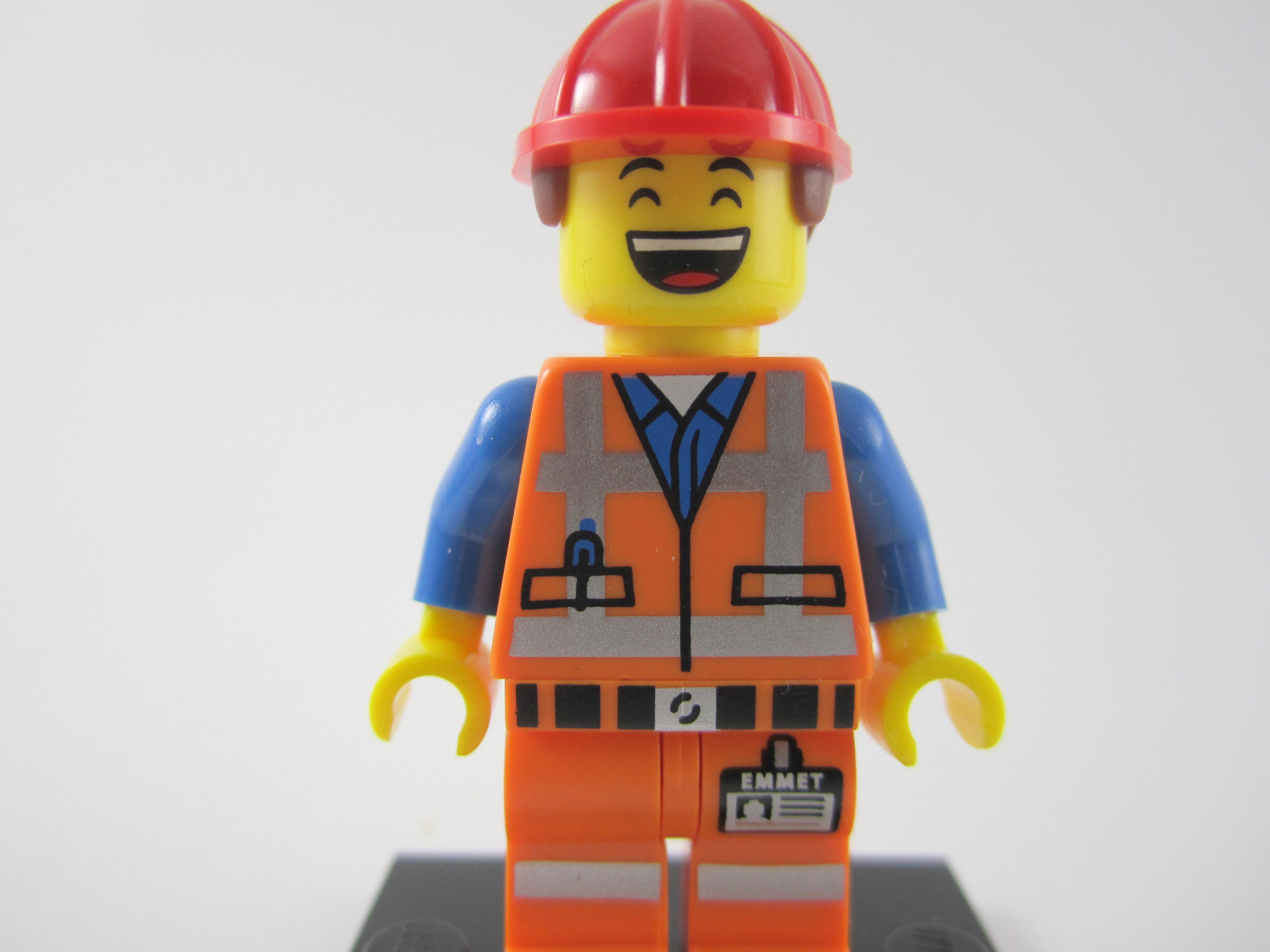 Lego-Movie-Hard-Hat-Emmet-Alternate-Face